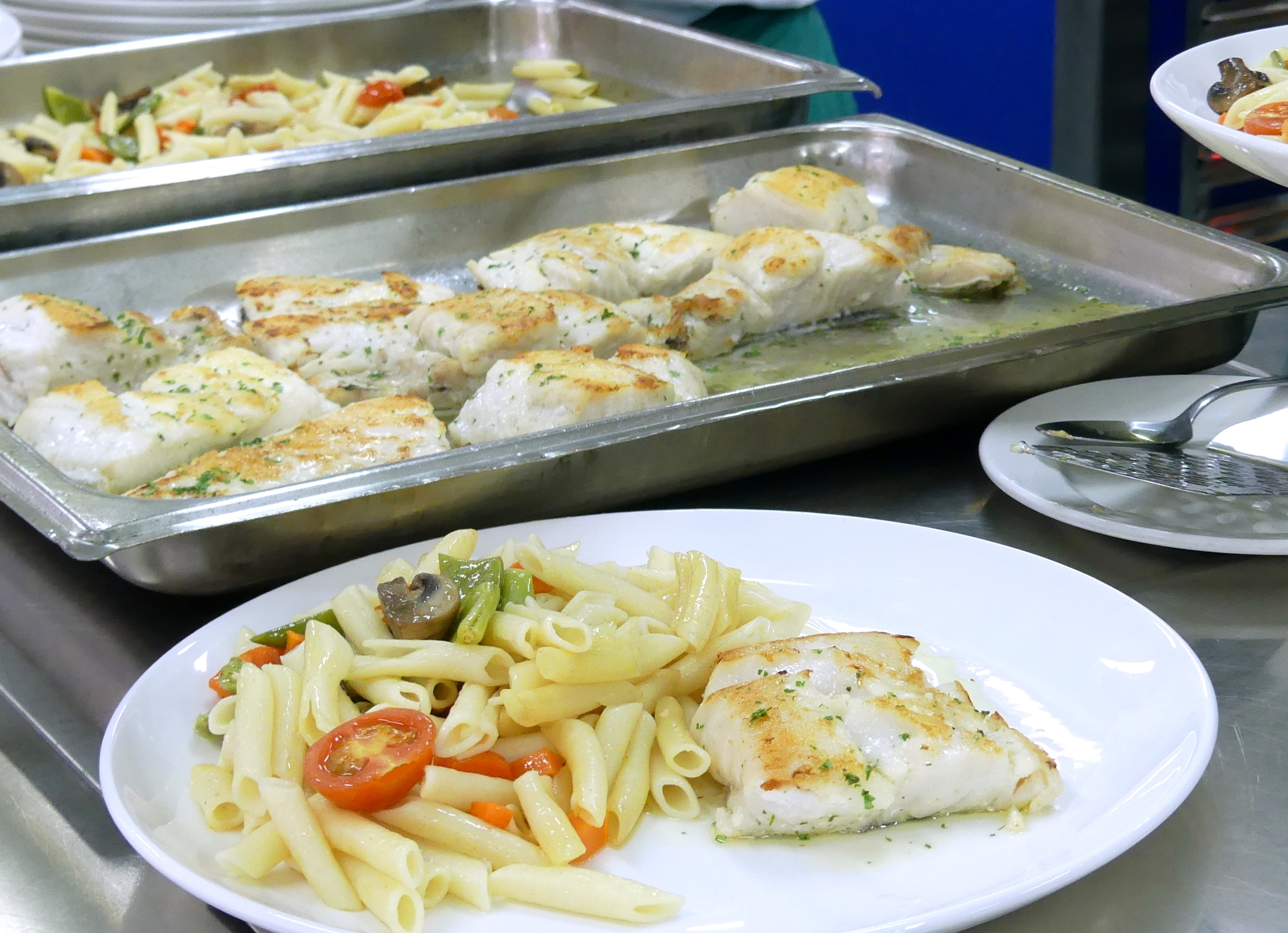 Grilled Whiting With Pasta And Vegetable Wok Gastronomia Vasca