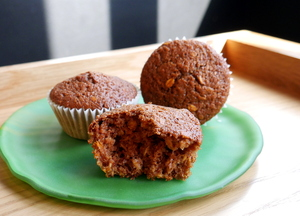 Oatmeal, pumpkin and raisin muffins