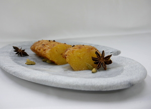 Roasted pineapple with spices