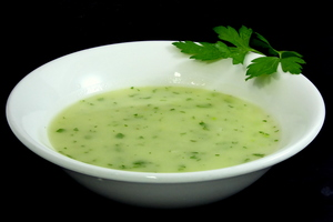 Green sauce made with vegetable stock
