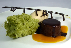 Chocolate curdled with Earl Grey tea ice cream and pistacchio sponge