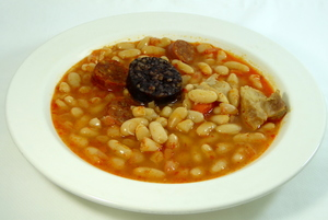 White beans stew with black pudding