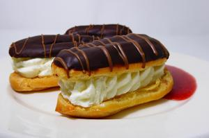 Éclairs filled with whipped cream