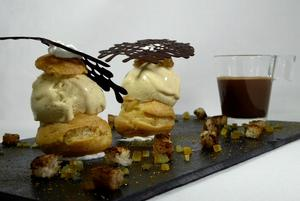 Chouquettes with ice cream and spices bread, bitter orange jam, chocolate and chantilly shot
