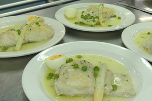 Whiting in green sauce
