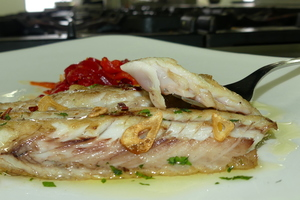 Grilled mackerel with red peppers