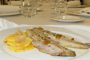 Grilled horse mackerel with golden potato slices