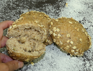 Whole grain bread with muesli