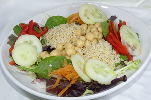 Chickpeas and millet salad
