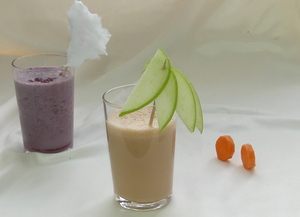 Apple-carrot smoothie