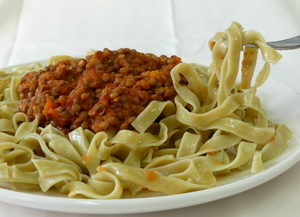 Fetuccini with lentil bolognese sauce